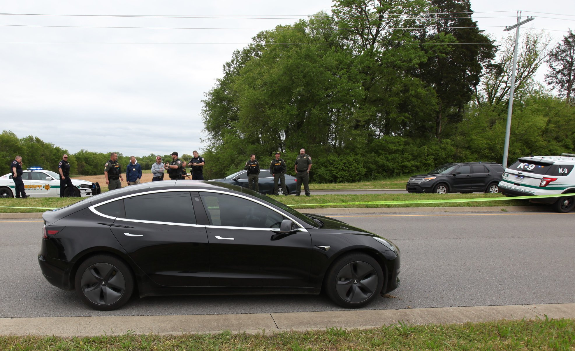 A $10,000 reward continues to be offered for information leading to the arrest and prosecution of the person who shot a Murfreesboro woman on April 23rd. The shooting happened on Veterans Parkway, according to a Rutherford County Sheriff's detective.