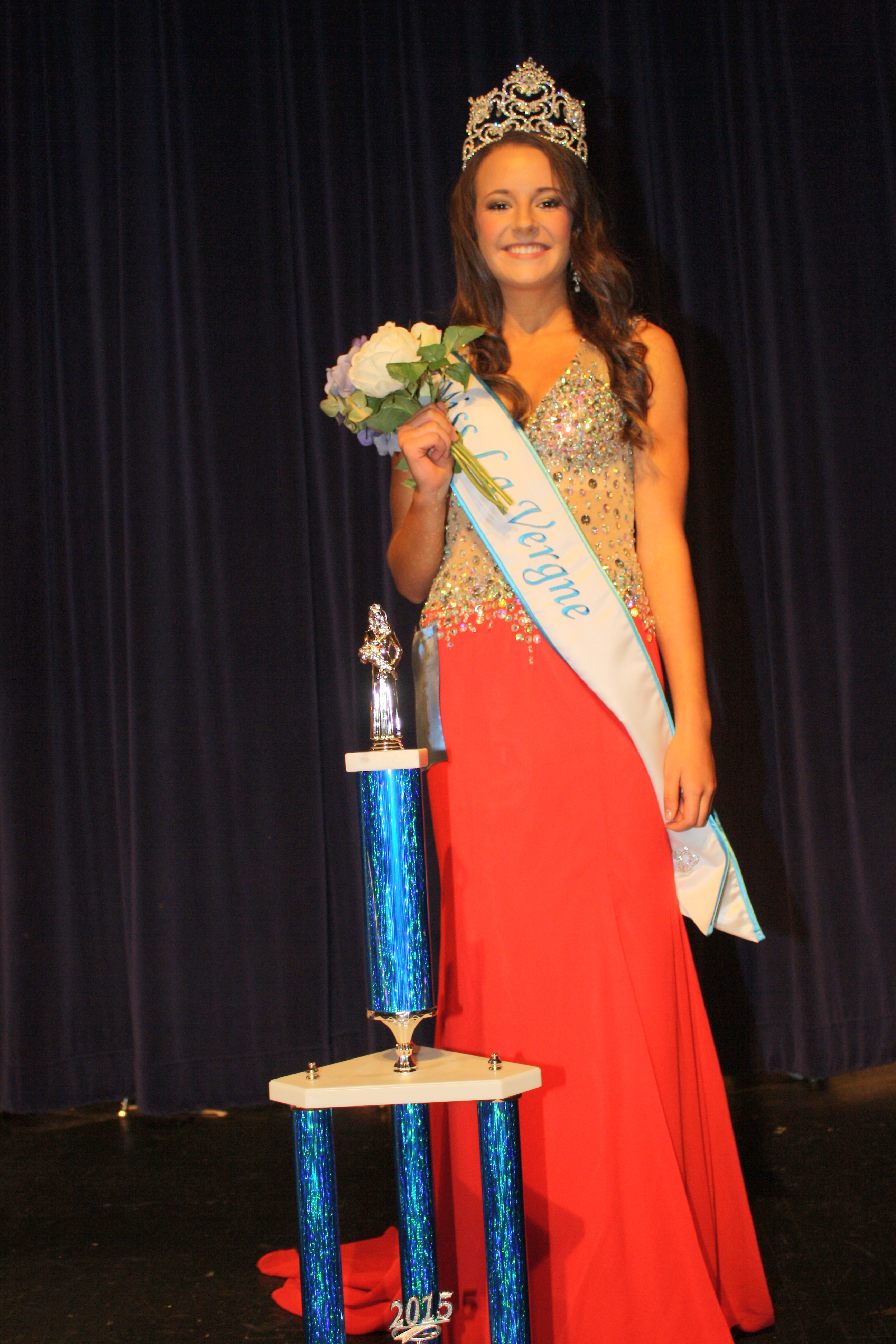 Miss La Vergne Crowned