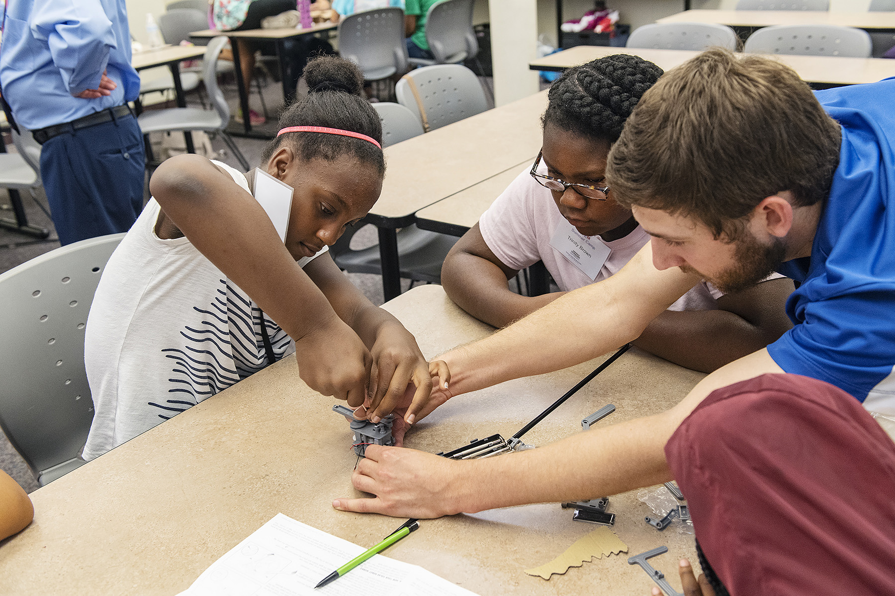 MTSU hosts STEM camp to urge young girls to explore science, tech careers