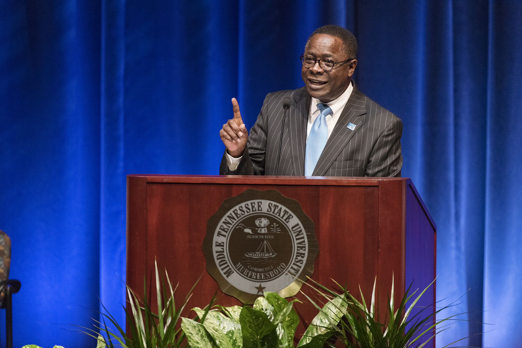 MTSU president highlights academic progress, fiscal challenges ahead at faculty meeting