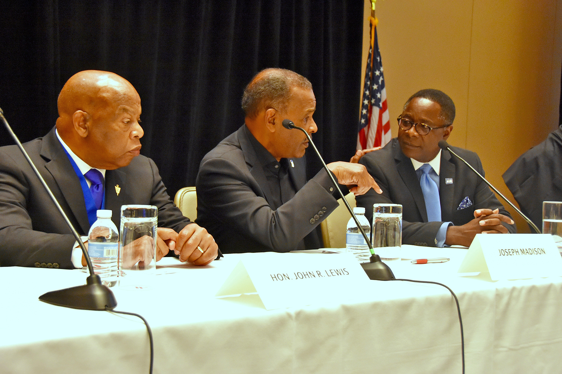 MTSU president joins Rep. John Lewis in D.C. for panel discussion on leadership, mentoring