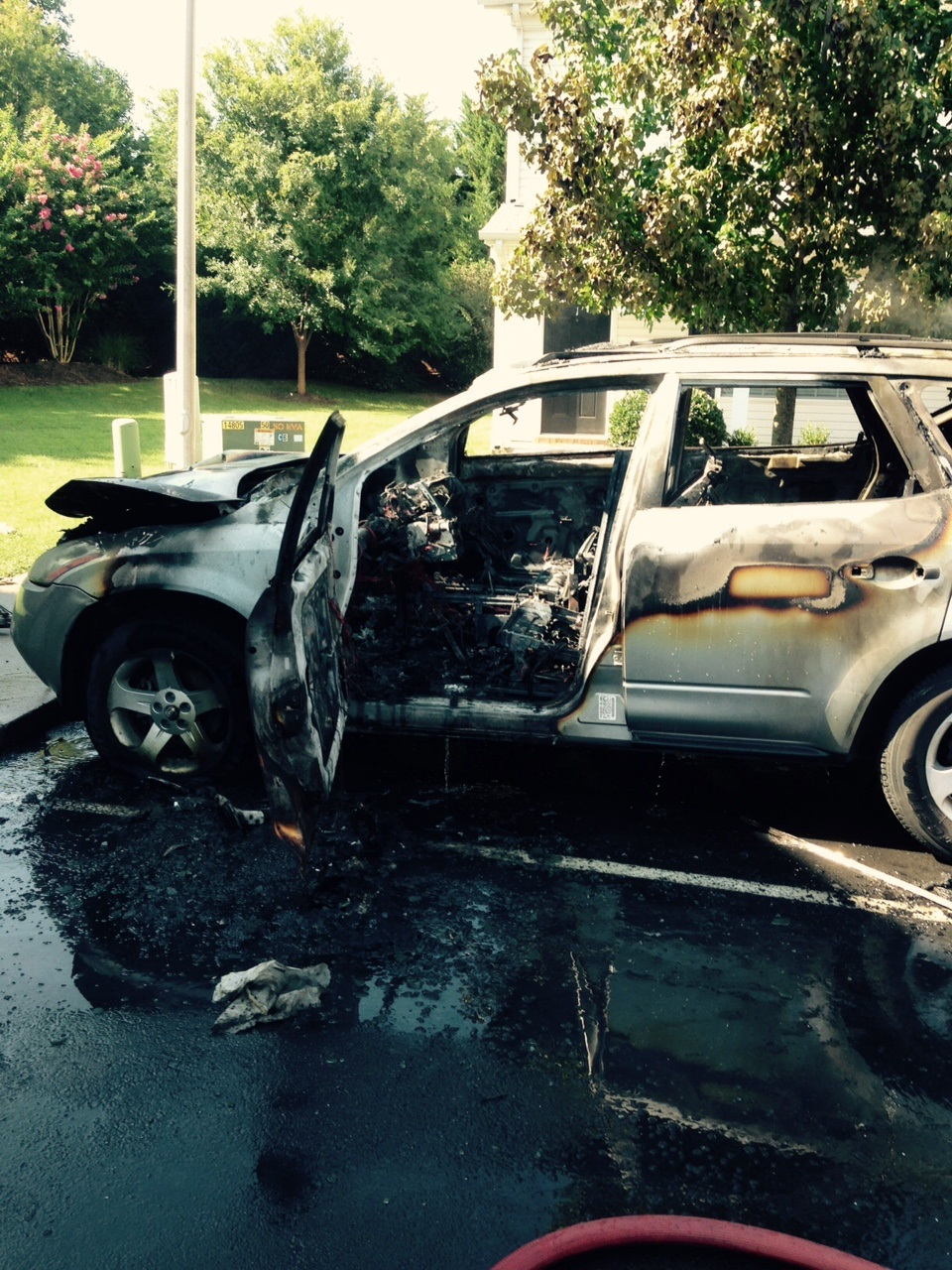 Two vehicles go up in flames in Murfreesboro - Arson suspected