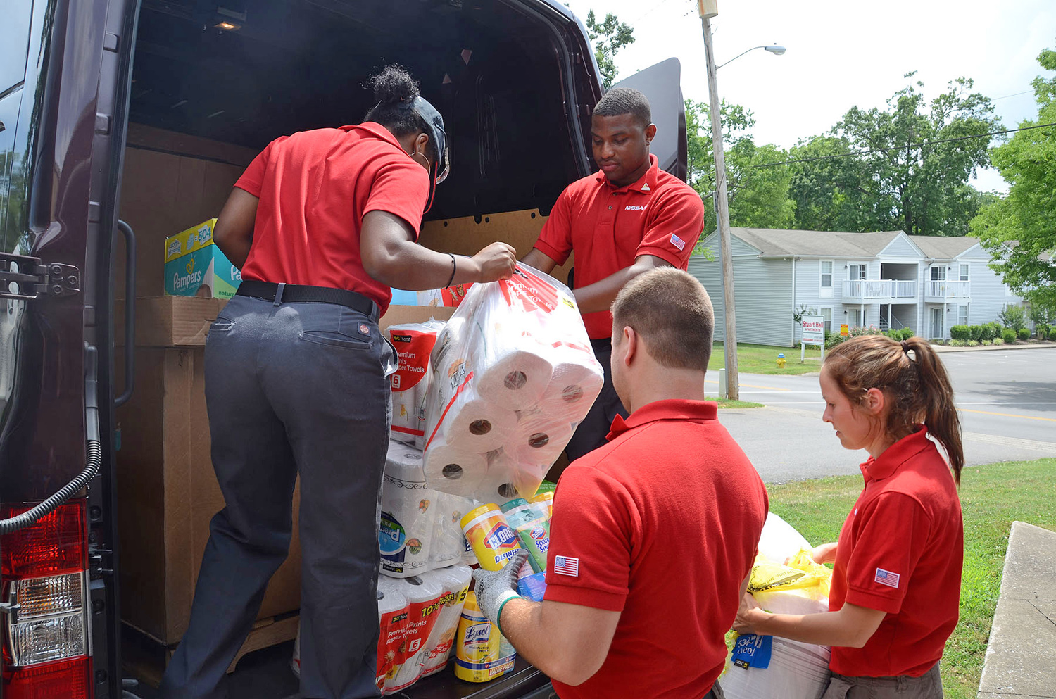 NISSAN helps out the children at the Ann Campbell Early Learning Center