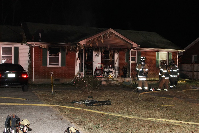 Sunset Avenue fire in Murfreesboro Thursday Morning