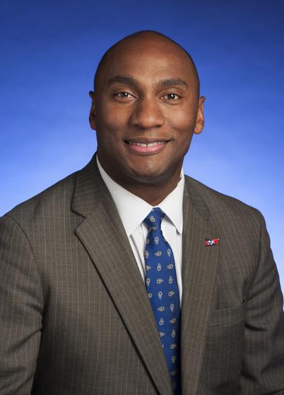 Senator Harris kicks of millennial mixer series in Murfreesboro