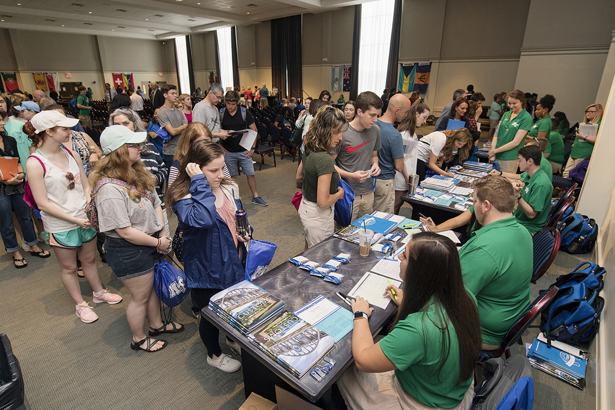 MTSU orientation welcomes new freshmen, Class of 2022