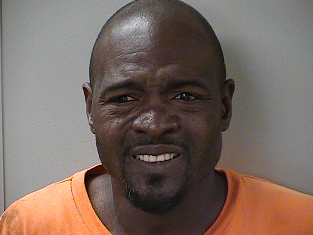Crack Cocaine recovered in Murfreesboro traffic stop