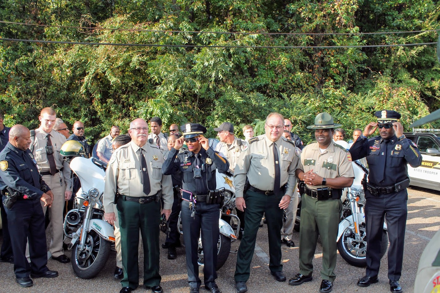 Tennessee's Second Statewide Distracted Driving Enforcement Bus Tour Yielded 905 Citations