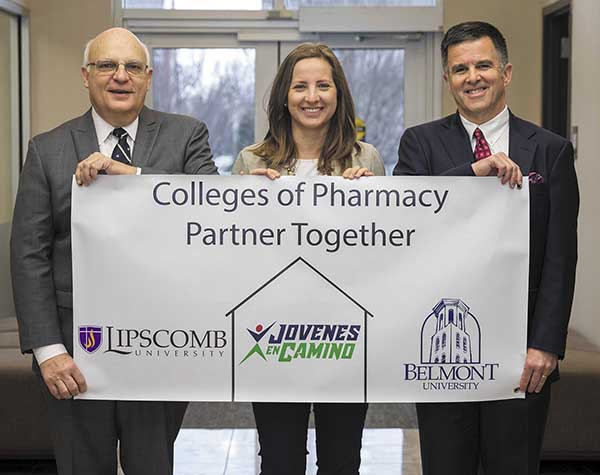 Belmont, Lipscomb Partner on Honduran Pharmacy