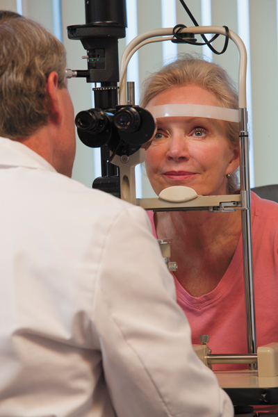 Can eye exam detect early signs of Alzheimer's?