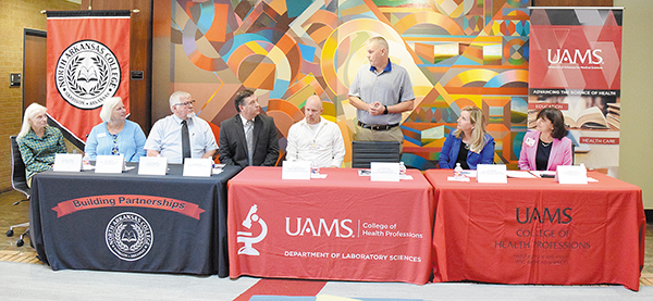 North Arkansas College, UAMS Sign New Online Transfer Agreement