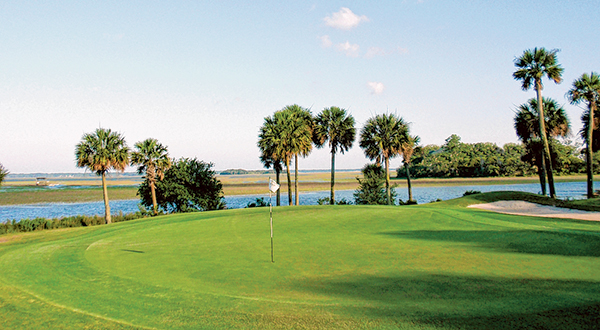 The No. 7 green at Old South Golf Links in Bluffton