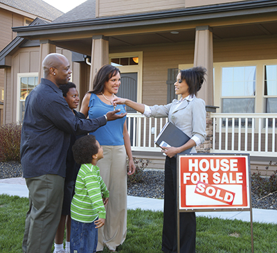 How brokers work to help real estate agents get homes sold