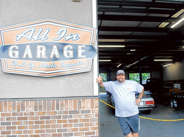 Hands On Garage : Customers are hands on at all in garage hardeeville