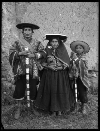 martin chambi: echoes of the incas | black & white