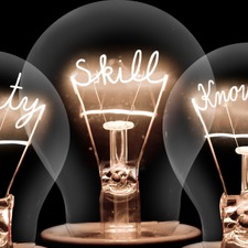 Light bulbs concept picture id1015425392