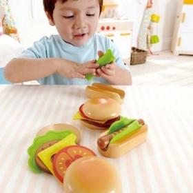 Hape Toys Hamburgers & HotDogs