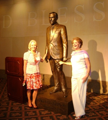 Ambassadors Mary M. Ourisman and Penne Korth Peacock at the Bob Bullock Texas State History Museum
