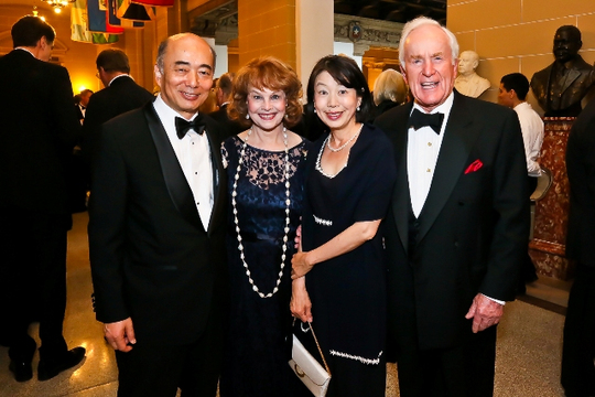30th Anniversary Gala: The Ambassador of Japan H.E. Kenichiro Sasae, Ann Hand, Nobuko Sasae and Ambassador Lloyd N. Hand. Photo credit Tony Powell