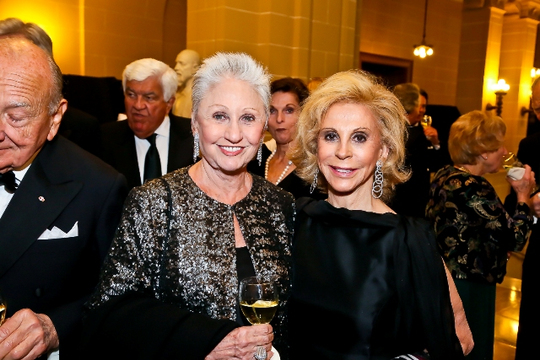 30th Anniversary Gala: Suzanne Elson and Wilma Bernstein. Photo credit Tony Powell