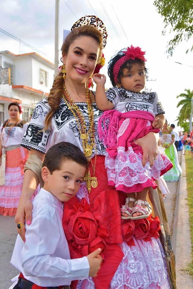 Castañón de Moreno celebra la fundación de Campeche