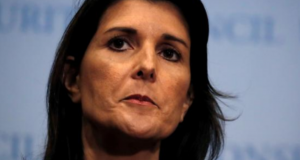 Acepta Trump renuncia de embajadora ante la ONU Nikki Haley