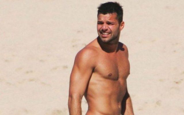 Ricky-Martin-luce-su-tonificado-cuerpo-en-instagram
