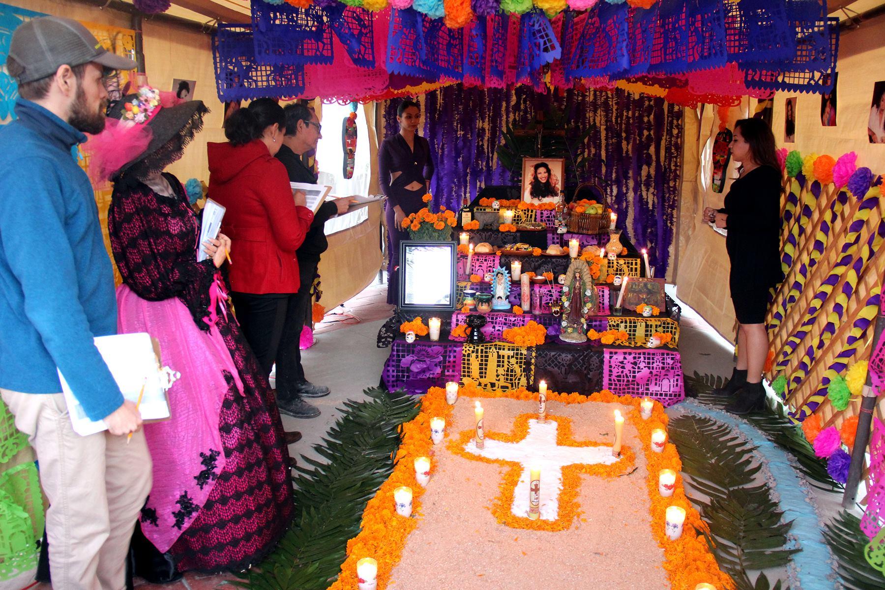 Altar De Muertos Privilegio De Ricos Campeche Hoy