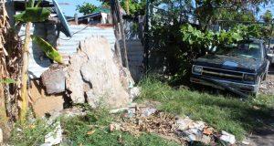 Vecinos solicitan el saneamiento de varias partes de la zona habitacional, así como a la empresa PASA, para que se acerque a recoger la basura que hay en la zona.