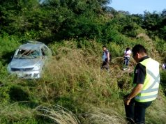 Familia sufre accidente automovilístico