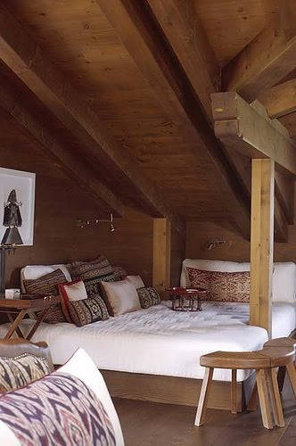 Nest Bed in a Log Cabin