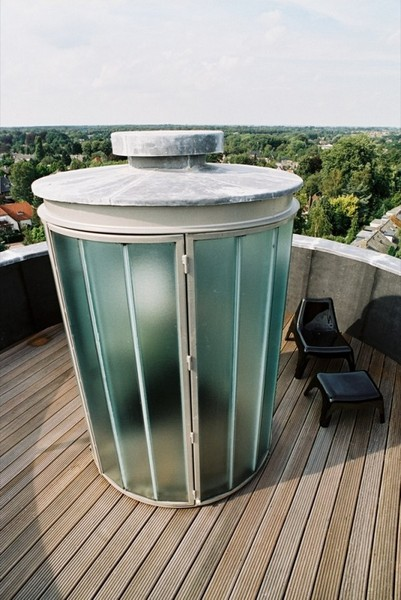 Glass Rooftop Shower