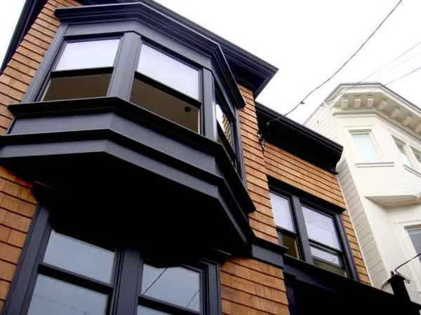 Black Trim on Cedar Shingles