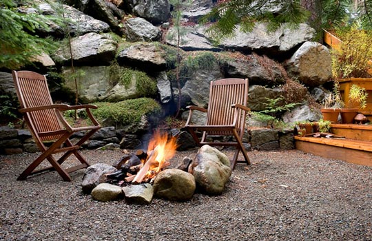 Fire Pit in a Gravel Patio