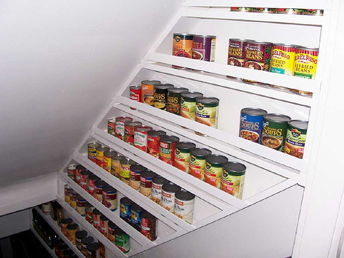 Can Storage in the Stairwell