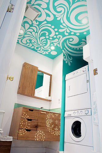 Stenciled Washroom Ceiling