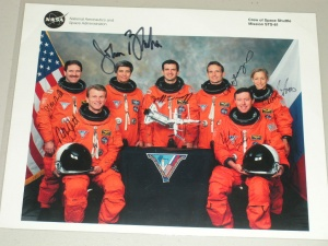 STS-81 Crew Signed Photo