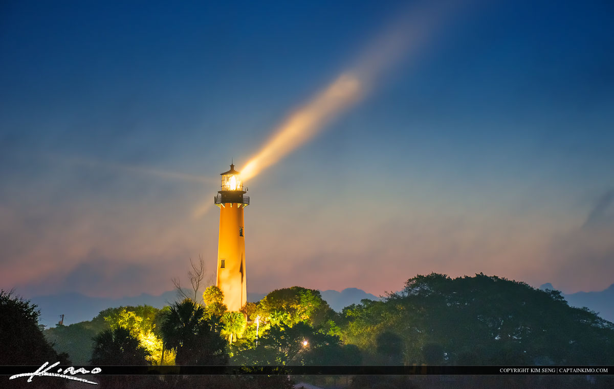 foggy morning jupiter lighthouse with light ray