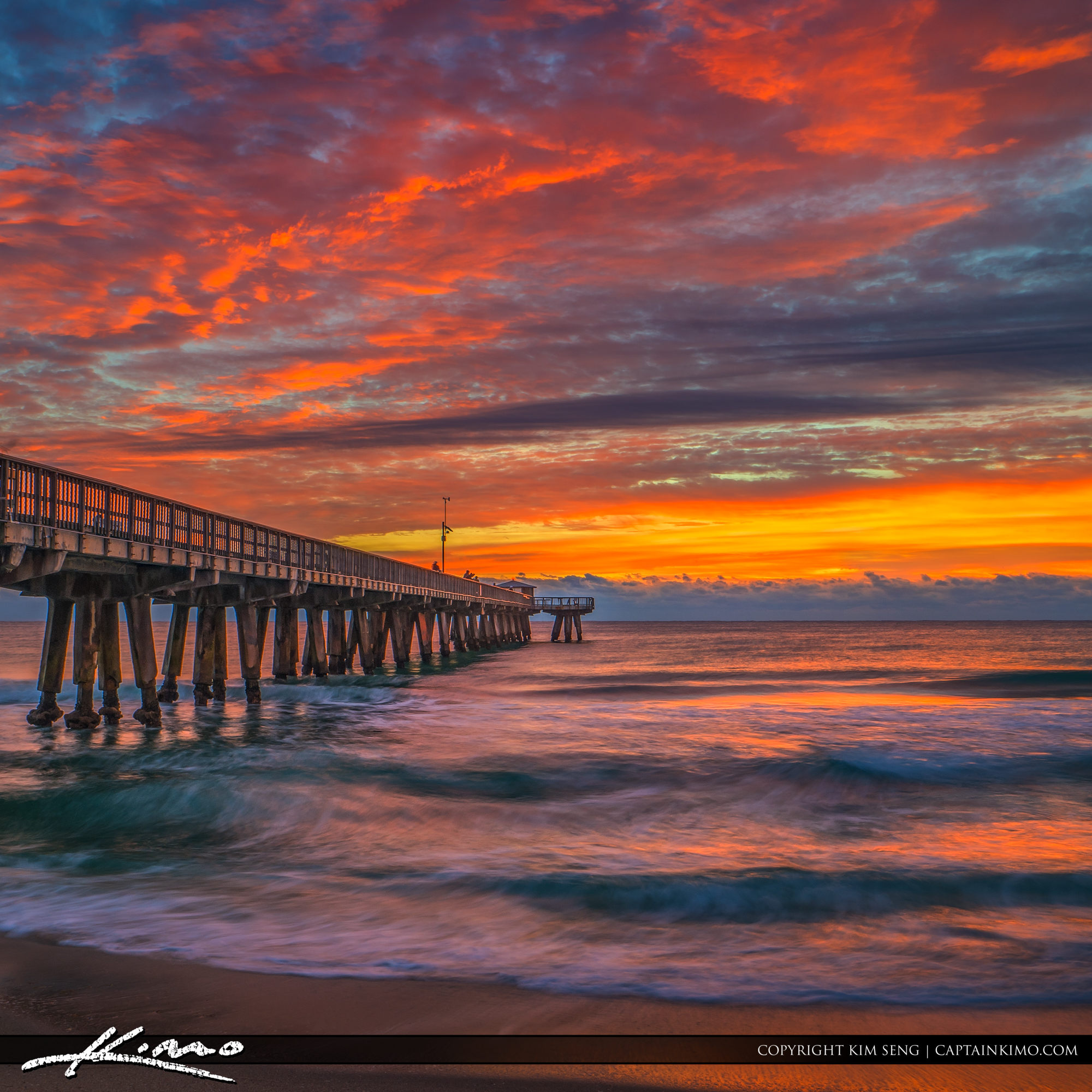 Pompano beach pier sunrise with amazing sky colors for Pompano fishing pier