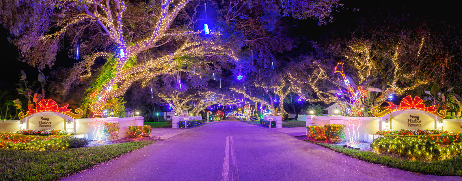 snug harbor christmas lights 2016
