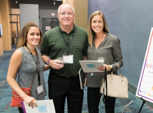 Agents enjoy a variety of opportunities to network with Allen Tate colleagues.