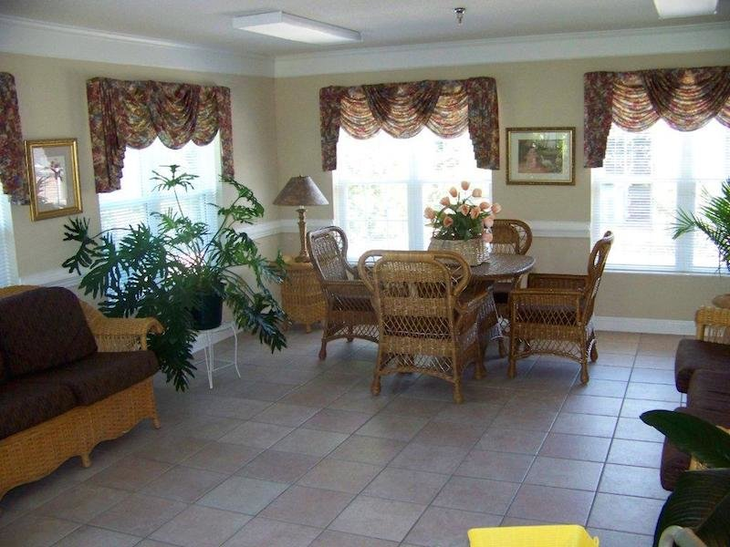 Kerner Ridge Assisted Living - Photo 3 of 5