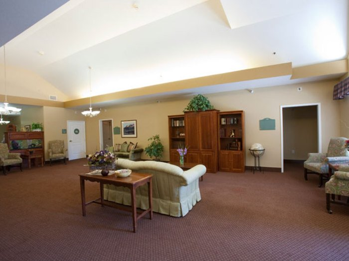 Pacifica Senior Living Modesto - Photo 2 of 8