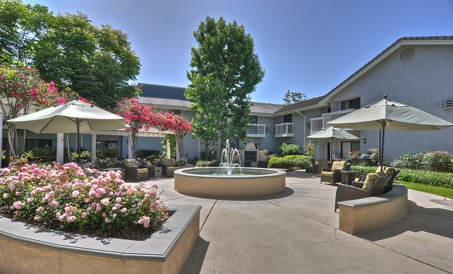 Vintage Senior Living at Bradford Square - Placentia, Orange County - Photo 2 of 8