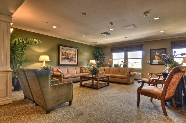 Vintage Senior Living at Vintage Simi Hills - Photo 2 of 8