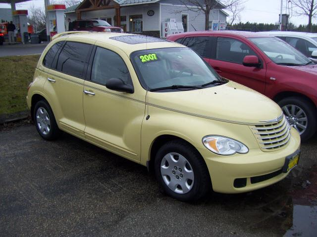 Photo of 2007 Chrysler PT Cruiser