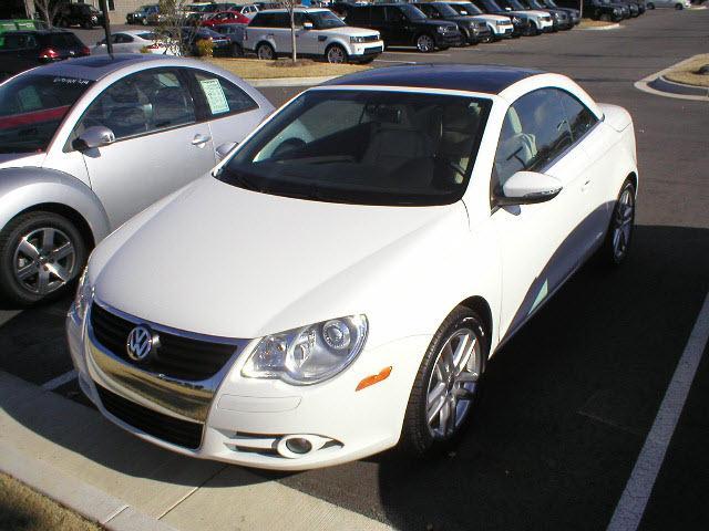 Volkswagen Eos 2009. 2009 Volkswagen Eos