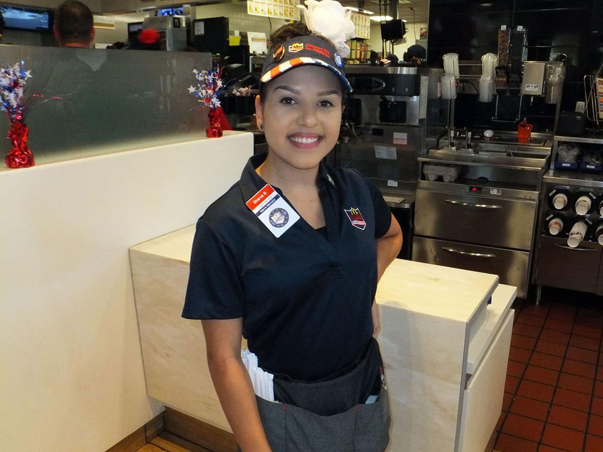 Shania beyley team service 6295 %282%29