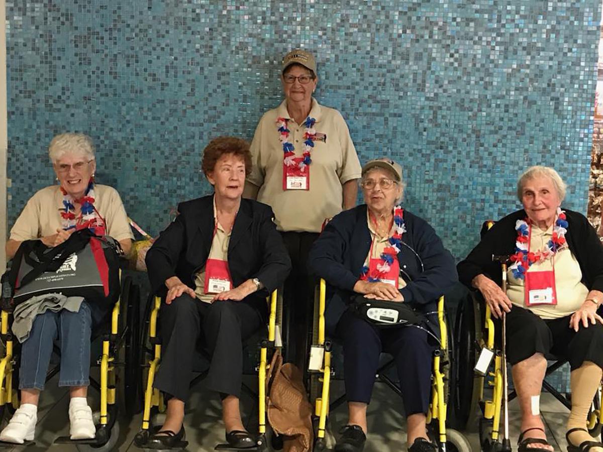 5 female veterans honor flight 31 sep 26  2017