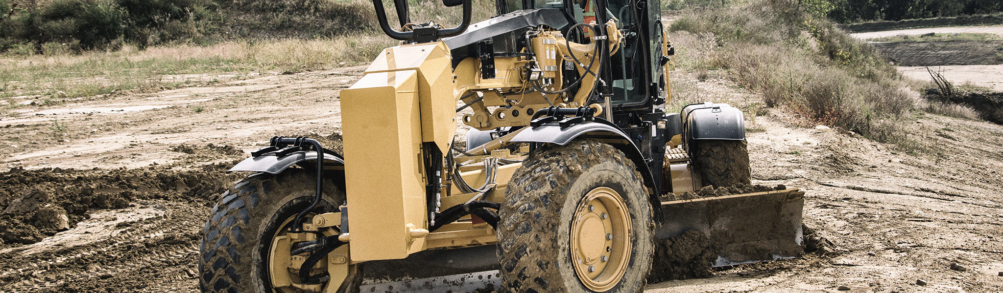 The Cat® 12M3, like all M Series 3 Motor Graders, has been upgraded to Tier 4 Final compliance.